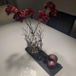 Tischdekoration mit Laternenblüten