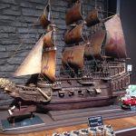 Schiff aus Schokolade